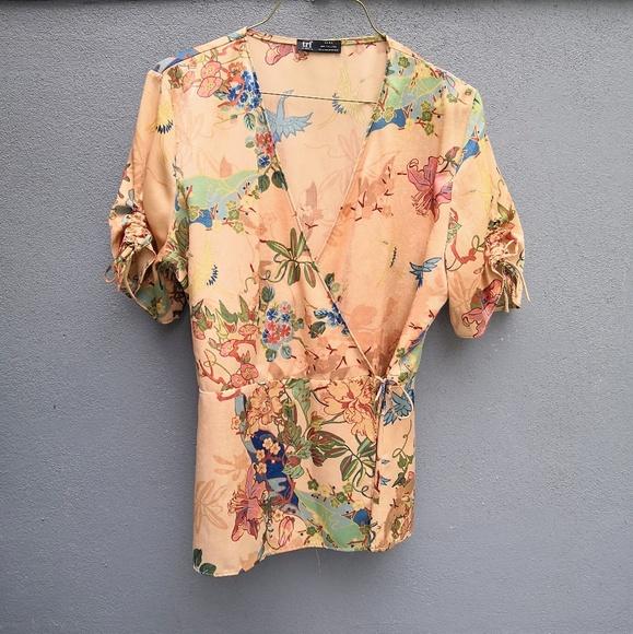 620abae0a Zara Tops | Short Sleeve Peach Floral Printed Shirt | Poshmark